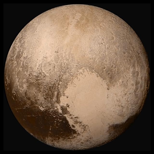 Global_LORRI_mosaic_of_Pluto_in_true_colour